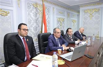 وزير الاتصالات يستعرض الاستعدادات لتنفيذ مشروع انتقال الحكومة إلى العاصمة الإدارية الجديدة