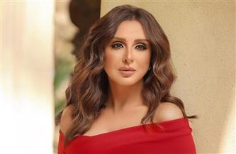 أنغام وبوسى شلبى وإلهام شاهين يشاركن الجماهير فرحة الاحتفال بالعيد