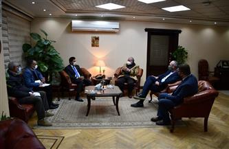 وزير الشباب والرياضة يلتقي رئيس الاتحاد المصري للدراجات