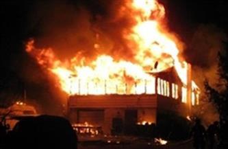 حريق هائل بأحد مصانع منطقة السادات الصناعية.. والحماية المدنية تحاول السيطرة| فيديو