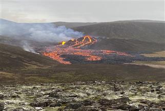 ثوران بركان بالقرب من العاصمة الأيسلندية | صور