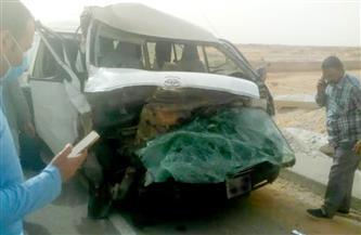 إصابة 34 في حادث تصادم أتوبيس وميكروباص بطريق القطامية الجديد| صور