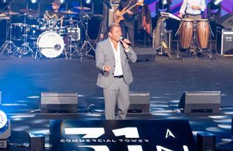 """عمرو دياب يتألق في حفل إطلاق مشروع """"31 North"""" في أول فيستيفال تاور بالعاصمة الإدارية الجديدة"""