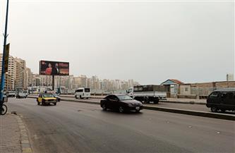غيوم كثيفة ورياح مثيرة للأتربة تجتاح الإسكندرية | صور