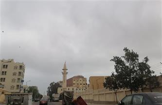 غيوم ورياح خفيفة بسبب عدم استقرار الأحوال الجوية بالبحر الأحمر   صور