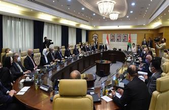 رئيس الوزراء يؤكد أهمية العمل على زيادة حجم التبادل التجاري مع الأردن