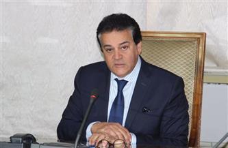 وزير التعليم العالي يصدر قرارًا بغلق كيان وهمي بالقاهرة