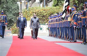 تفاصيل استقبال ومباحثات الرئيس السيسي ونظيره البوروندي بقصر الاتحادية | صور