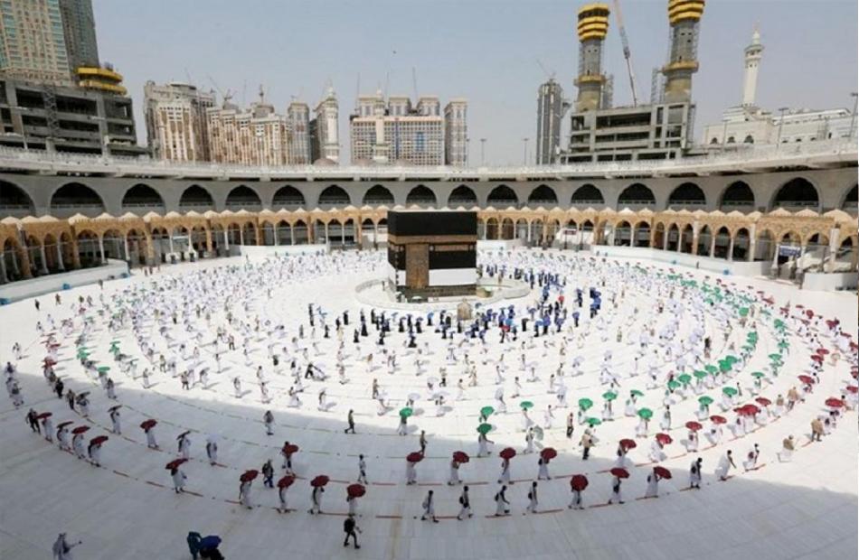 السعودية تعلن نجاح خطة العمرة في العشرين الأولى من رمضان وسط التزام بالإجراءات الوقائية