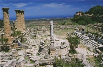 قورينا القديمة.. مدينة آثرية أسسها الإغريق في شرق ليبيا مهددة بالتخريب والجرف