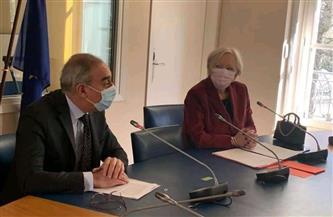 سفير مصر بباريس يلتقي مجموعة من نواب مجلس الشيوخ الفرنسي | صور
