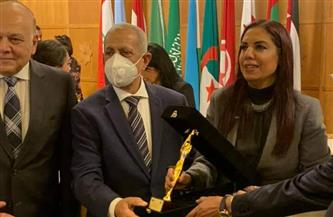 رئيس الأكاديمية العربية يشارك في فعاليات المنتدى الثالث للمرأة العربية للمسؤولية المجتمعية | صور