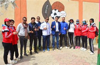 طلاب التربية الرياضية بسوهاج يدعمون أهالي قرية شندويل |صور