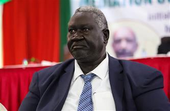 عضو مجلس السيادة السوداني يغادر القاهرة بعد علاجه من كورونا