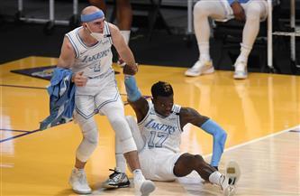 حامل اللقب ليكرز يتلقى الهزيمة الرابعة على التوالي في دوري كرة السلة الأمريكي