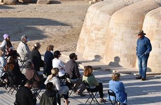 زاهي حواس يلتقي أول وفد أمريكي لحضور موكب مومياوات ملوك الفراعنة |صور