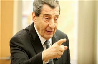 نائب رئيس البرلمان اللبناني يدعو الجيش لتوجيه رسالة بعدم القبول بانهيار الدولة