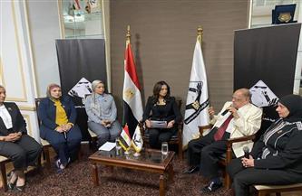 تنسيقية شباب الأحزاب تستعرض في صالون سياسي دور المرأة المصرية في بناء المجتمع منذ فجر التاريخ