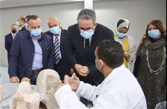 وزير السياحة والآثار يفتتح أول مصنع للمستنسخات الأثرية في مصر والشرق الأوسط