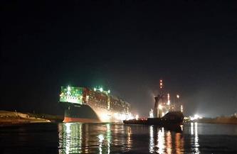 شاهد.. اللحظات الأولى لتعويم السفينة الجانحة بقناة السويس