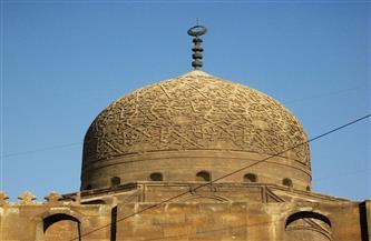 «من آيات الفن الإسلامي».. عين على القبة النحاسية لمسجد السلطان قايتباي | صور