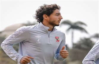 محمد هاني ينتظم في تدريبات الكرة بالأهلي