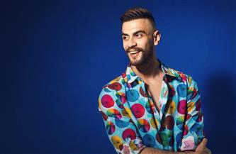 إسلام غالي يشوق جمهوره بأغنية «من غير رجوع»| فيديو