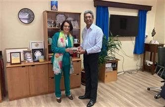 السفيرة علياء برهان تبحث تعزيز قنوات التواصل بين الجامعات المصرية وجامعة موريشيوس