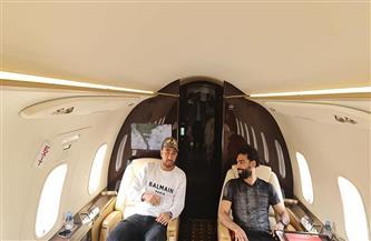 «صلاح وتريزيجيه» يغادران إلى إنجلترا على متن طائرة خاصة