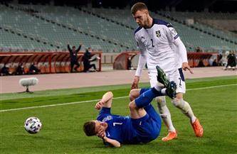 ثنائية ميتروفيتش تمنح صربيا الفوز 2-1 على أذربيجان
