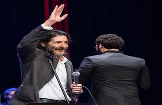 «العربى طرقان» يغني «ماوكلي وسيمبا وكابتن ماجد» على مسرح النافورة بالأوبرا