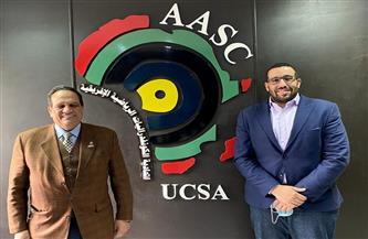 سكرتير «كاف» يدعو رئيس «الأوكسا» لحضور الجمعية العمومية بالمغرب