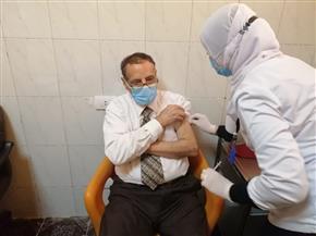 بدء تطعيمات كبار السن وأصحاب الأمراض المزمنة بمقر المشروع الأوروبي بقنا