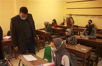وكيل التعليم بالغربية يتفقد امتحانات النقل للثانوي والإعدادي بإدارتي شرق طنطا والسنطة | صور