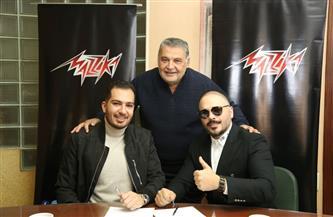 رامي عياش يجدد تعاقده مع محسن جابر| صور