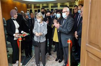 وزيرة الثقافة ومحافظ بورسعيد يفتتحان قاعة السفيرة فايزة أبو النجا بديوان المحافظة | صور