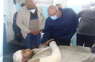 محافظ بني سويف يزور مصابي حادث الصحراوي الشرقي بالمستشفى للاطمئنان على حالتهم الصحية  صور