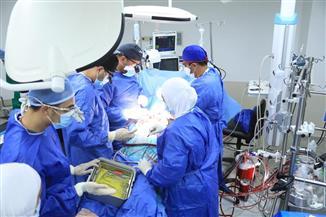 الرعاية الصحية تعلن نجاح أول عملية قلب مفتوح بالمجمع الطبي بالإسماعيلية |صور