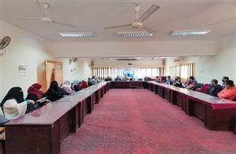 استمرار تنظيم الندوات للتوعية بمخاطر الزيادة السكانية في سوهاج | صور