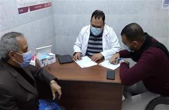محافظ أسيوط: تطعيم 121 مواطنا بلقاح فيروس كورونا | صور