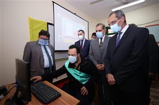 وزير الاتصالات ومحافظ كفر الشيخ يفتتحان عددًا من المشروعات الخدمية |فيديو وصور