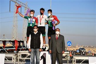 وزير الرياضة يُكرم الفائزين بالبطولة الإفريقية للدراجات