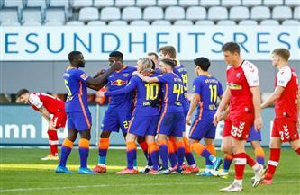 لايبزيج يتصدر الدوري الألماني بعد الفوز على فرايبورج