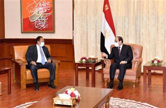 تفاصيل لقاء الرئيس السيسي مع رئيس وزراء السودان