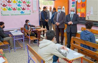 """""""الغضبان"""" و""""باهي"""" يتفقدان لجان الامتحان المتعدد للشهادة الإعدادية ببورسعيد   صور"""