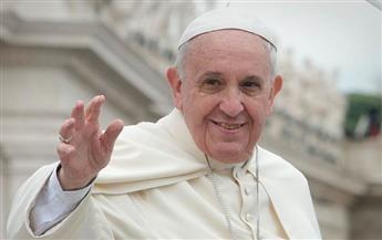 بابا الفاتيكان يدعو إلى إعادة بناء النسيج الاجتماعي في سوريا