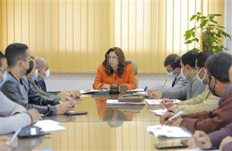 محافظ دمياط تناقش عددا من الملفات الخاصة بمدينة رأس البر