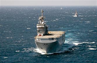 القوات البحرية المصرية والفرنسية تنفذان تدريباً بحرياً عابراً بنطاق الأسطول الجنوبي بقاعدة البحر الأحمر