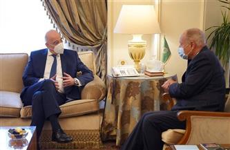 أحمد أبو الغيط يستقبل وزير خارجية اليونان