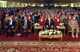 """الرئيس السيسي يشاهد فيلما تسجيليا بعنوان """"حلم الشهيد"""""""